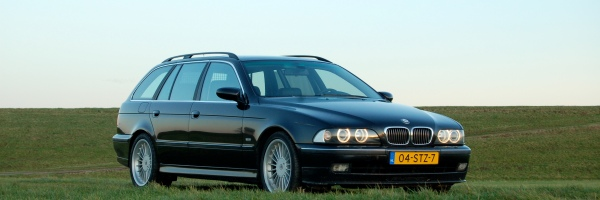 Wintercar: Alpina B10 V8 Touring Switchtronic